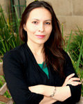 Annette Damayanti Lienau